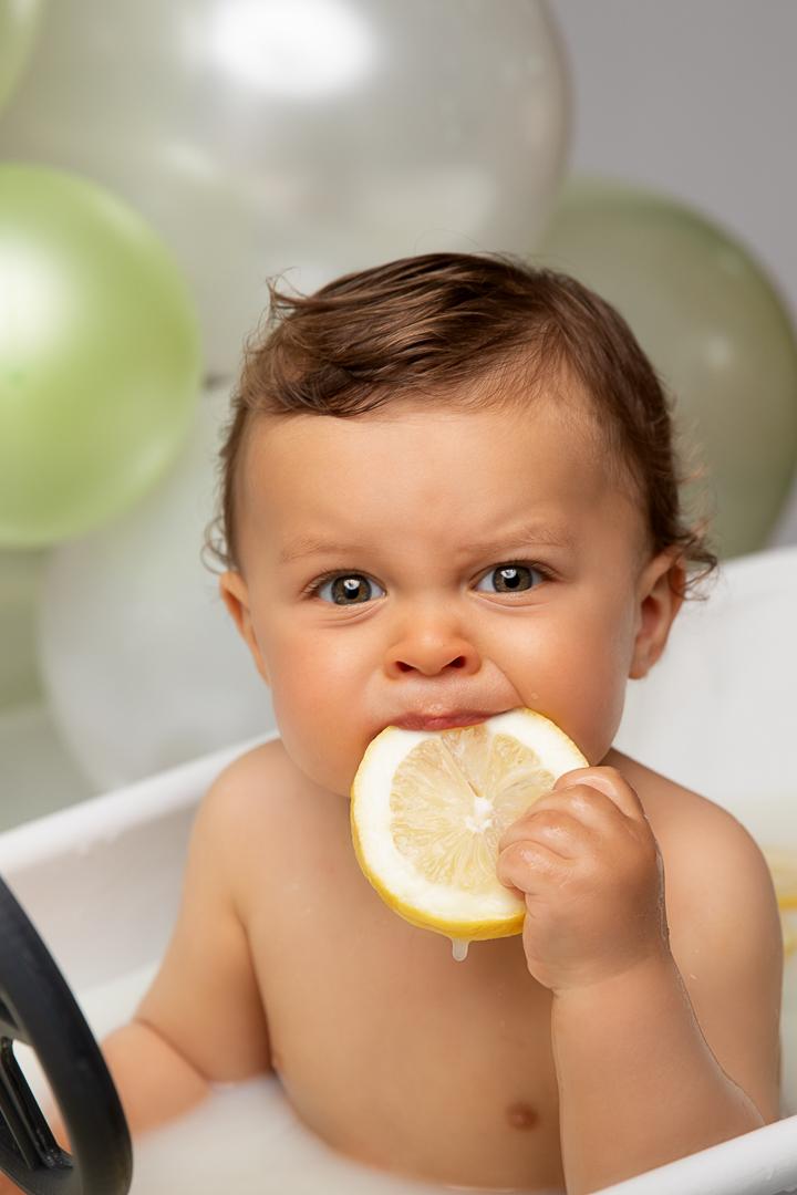 photo bain de lait bébé